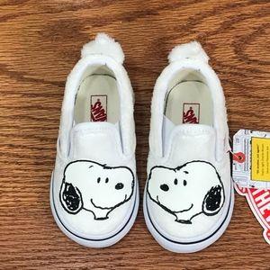 Vans Shoes - Vans Classic Slip On Peanuts Snoopy True White